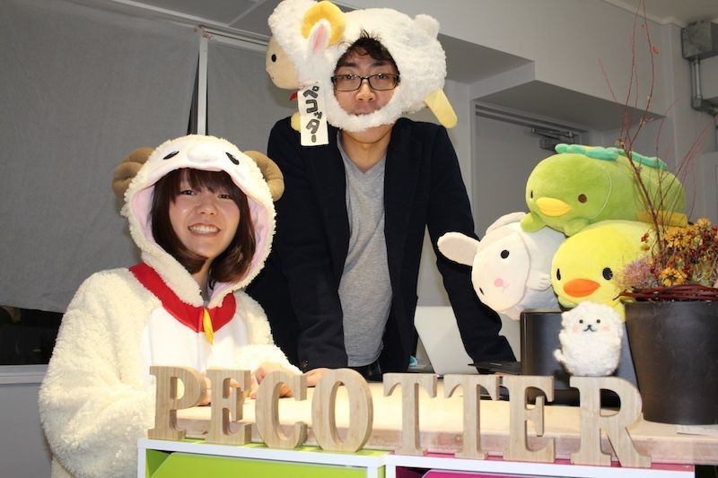 Members from Pecotter. From the left, designer  Ms.Otsuka,  and representative engineer Mr.Matsushita